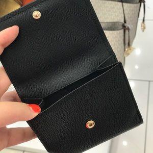 8ff7c4d0e9a85c Michael Kors Bags - Michael Kors MK Hayes Corn Case Leather Wallet